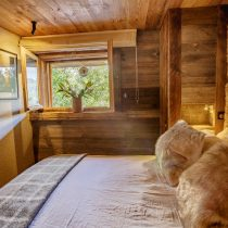 maison-dhiver-ground-floor-bedroom-five