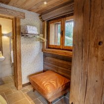 maison-dhiver-ground-floor-bedroom-four-en-suite