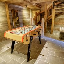 maison-dhiver-ground-floor-ski-and-boot-room