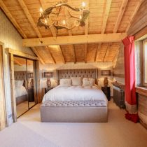 maison-dhiver-second-floor-bedroom-one